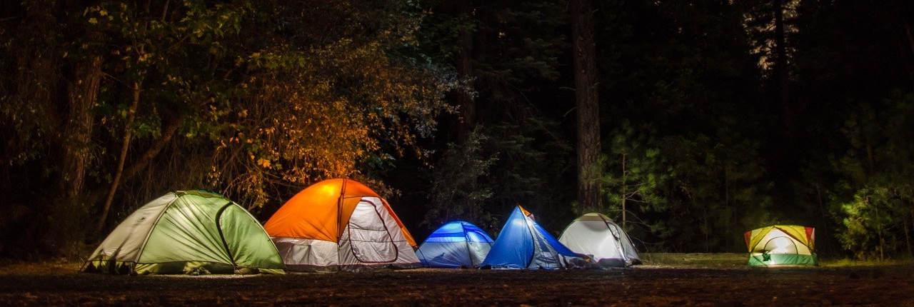 Sportovní oblečení a campingové vybavení se cashbackem od Tipli